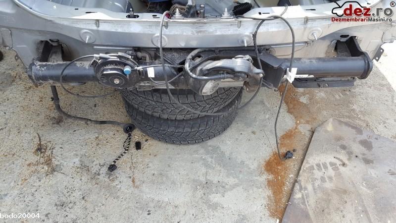 Carlig tractare Volkswagen Golf 7 2015 cod 5G9803880A Piese auto în Ploiesti, Prahova Dezmembrari