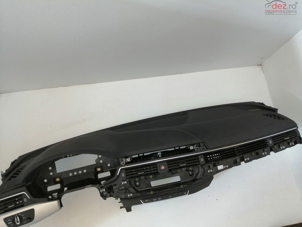 Plansa Bord + Airbag Pasager Audi A5  Piese auto în Ploiesti, Prahova Dezmembrari