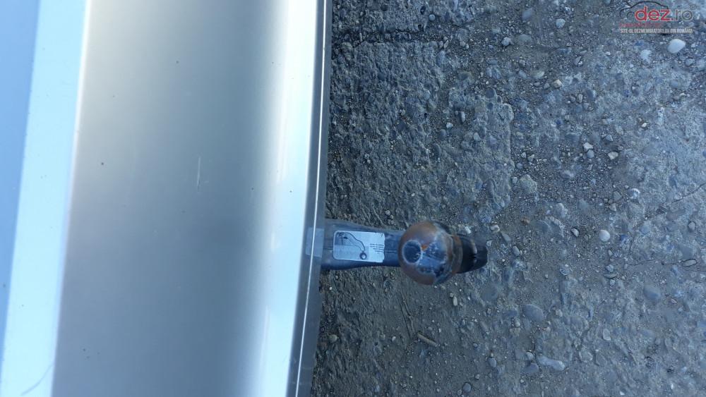 Carlig Remorcare Mercedes R Class W251 Piese auto în Ploiesti, Prahova Dezmembrari