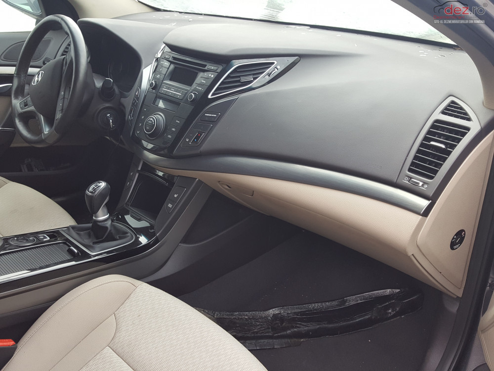 Plansa Bord Hyundai I40 Piese auto în Timisoara, Timis Dezmembrari