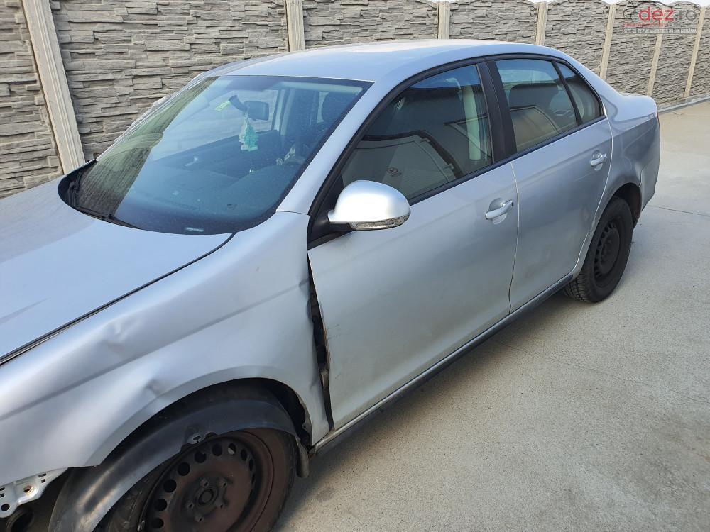 Usa Volkswagen Jetta (2006) Piese auto în Timisoara, Timis Dezmembrari