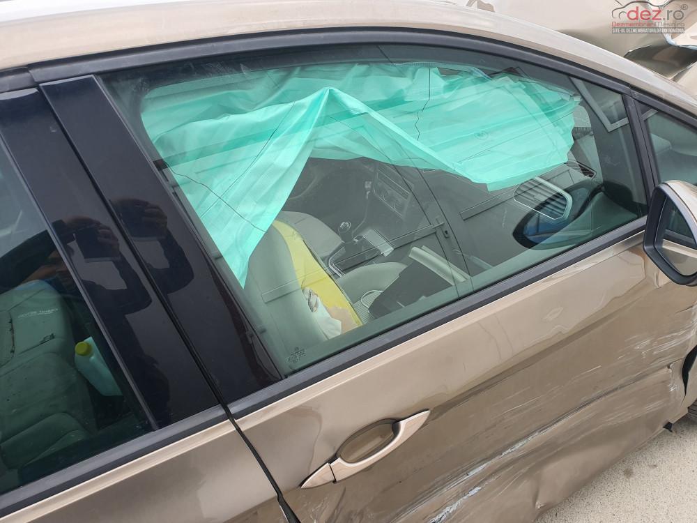 Geam usa Volkswagen Golf Sportsvan hatchback (2017) Piese auto în , Timis Dezmembrari