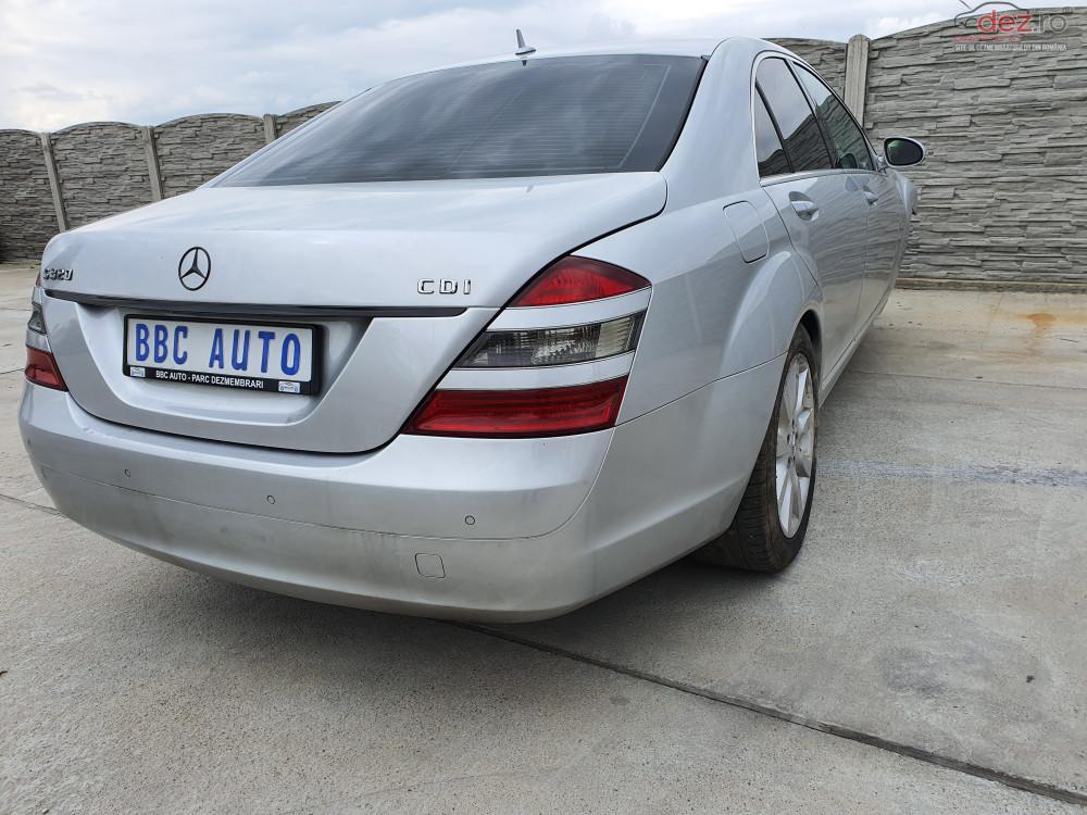 Bara spate Mercedes S 320 berlina (2007)