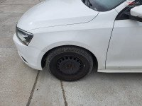 Aripa fata Volkswagen Jetta berlina (2012) Piese auto în Timisoara, Timis Dezmembrari