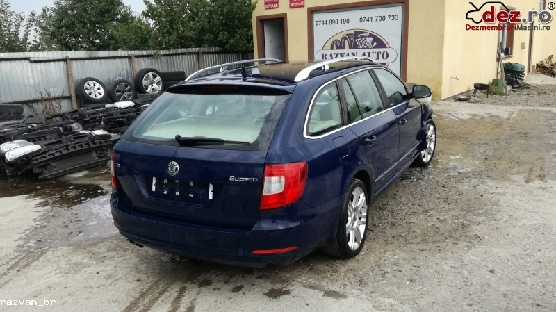 Dezmembrez Skoda Superb 2012 Break