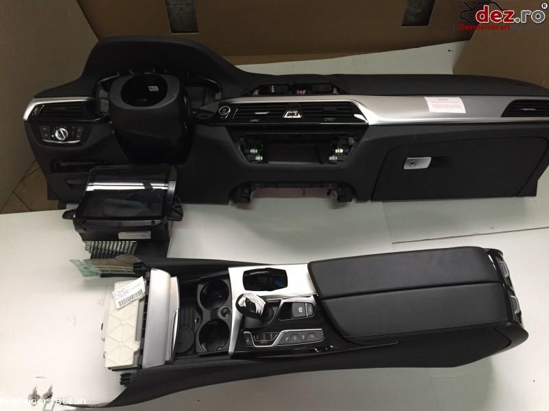 Plansa bord BMW 530 Gran Turismo 2017 Piese auto în Viseu de Sus, Maramures Dezmembrari
