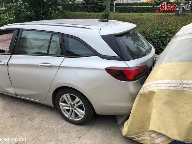 Vand Opel Astra K Combi An 2017 Avariat Mașini avariate în Cluj-Napoca, Cluj Dezmembrari