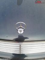 Emblema Mercedes C 220 2003 Piese auto în Bucuresti Sector 4, Ilfov Dezmembrari