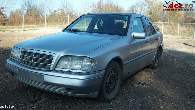 Dezmembrez Mercedes C 220 Diesel 95cp An 1997