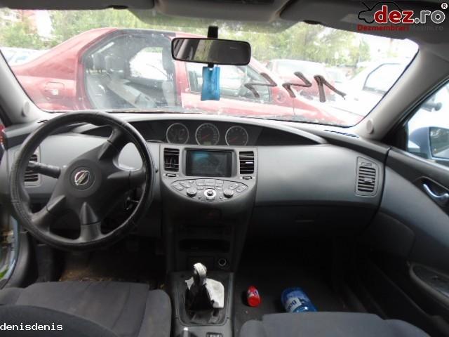 Dezmembrez Nissan Primera 1 6l
