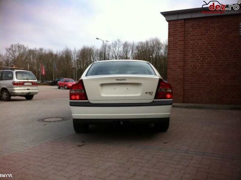 Capota fata volvo s80 2 4 benzina din dezmembrari piese auto volvo s80... în Horezu, Valcea Dezmembrari