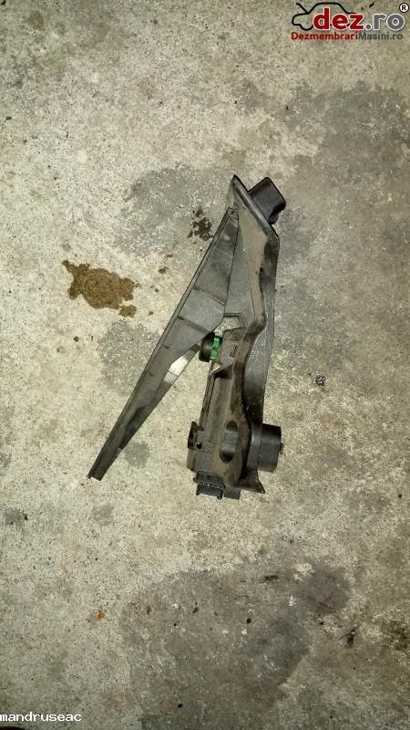 Pedala De Acceleratie Pentru Vw Golf 5 Motor 2 0 Diesel Din 2006 Cod 1k1 723 în Iasi, Iasi Dezmembrari