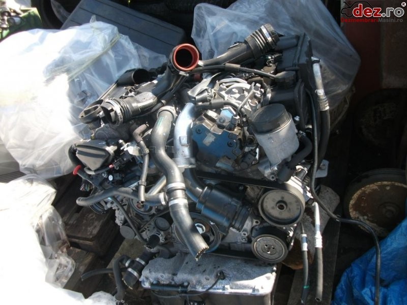 Vând motor elemente de caroserie mecanică interior faruri motor cutie de Dezmembrări auto în Zalau, Salaj Dezmembrari