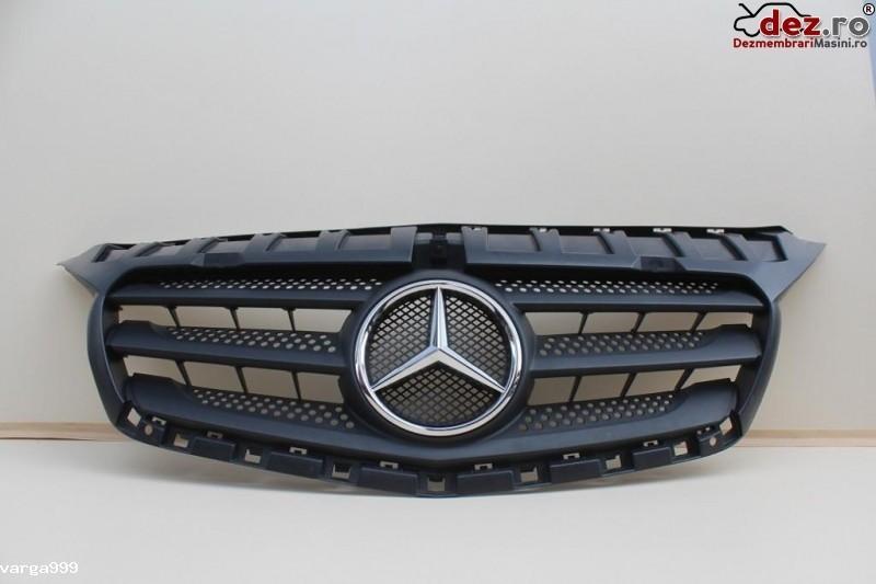 Grila radiator Mercedes Citan w415 2015 Piese auto în Zalau, Salaj Dezmembrari