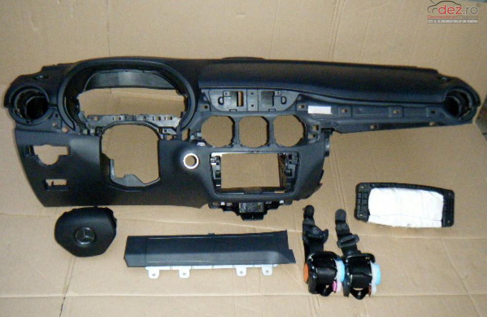 Airbag Genunchi Mercedes B Klass 2012 Piese auto în Zalau, Salaj Dezmembrari