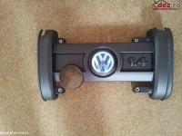 Capac motor Volkswagen Golf 2005 cod 036103925CE Piese auto în Pucioasa, Dambovita Dezmembrari