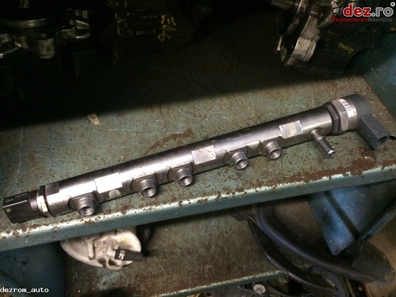 Rampa injectoare BMW 316 2009 cod 0445214182 7809127 Piese auto în Bucuresti, Bucuresti Dezmembrari