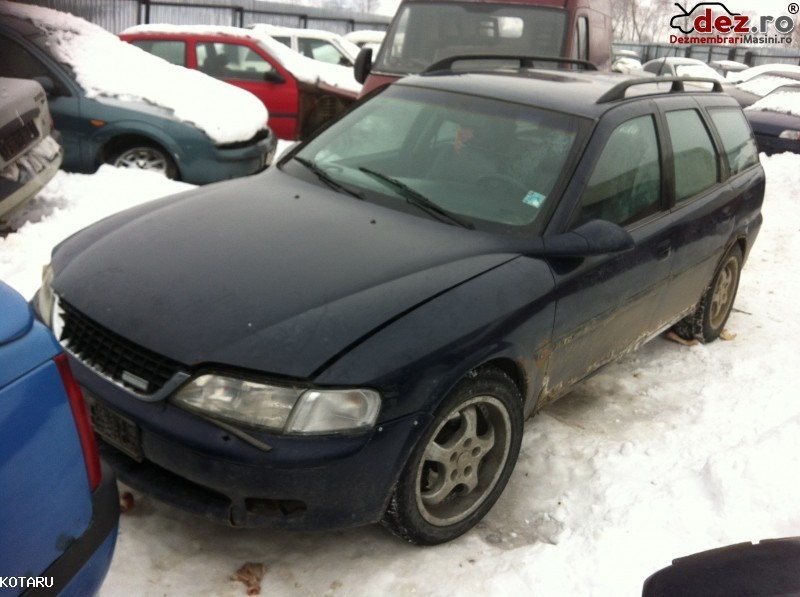 Dezmembrez Opel Vectra B 2 0 Benzina An 1998 Dezmembrări auto în Intorsura Buzaului, Covasna Dezmembrari