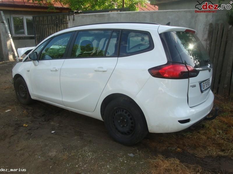 Dezmembrez Opel Zafira Motor 2 0 Diesel  Dezmembrări auto în Bucuresti, Bucuresti Dezmembrari