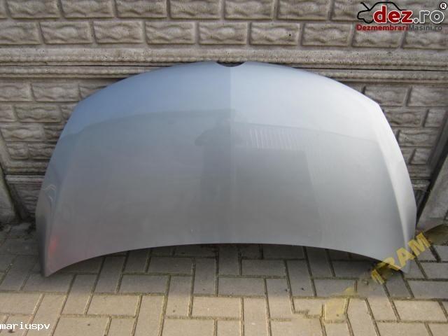 Capota fata Opel Zafira Tourer 2012 Piese auto în Resita, Caras-Severin Dezmembrari