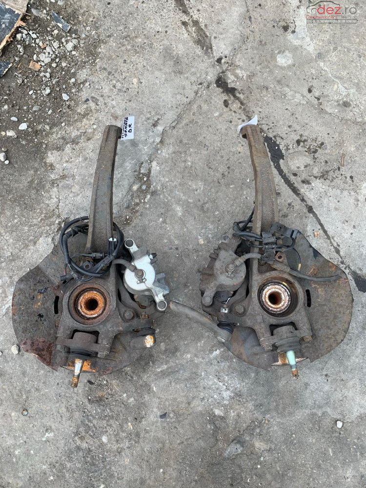 Fuzeta Fata Stanga / Dreapta Hyundai Sonata 2 0 Diesel Piese auto în Dej, Cluj Dezmembrari