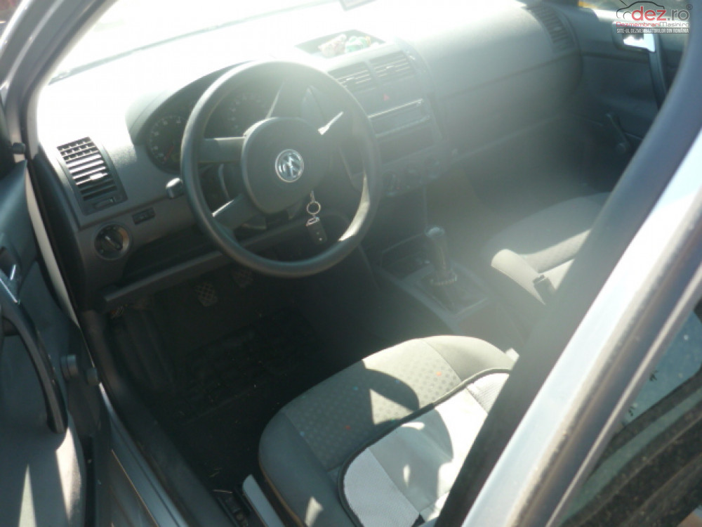 Dezmembrez Volkswagen Polo   An Fabricatie 2004  Dezmembrări auto în Focsani, Vrancea Dezmembrari