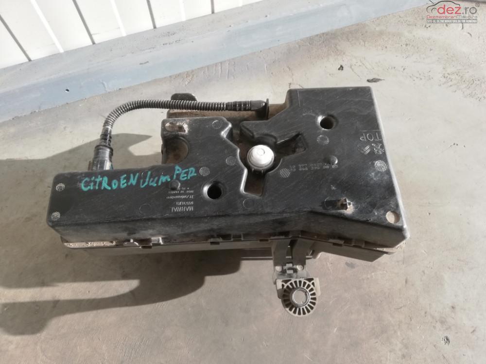 Rezervor Uree Adblue Citroen Jumper 2 2 Bluehdi Adblue Euro 6 4h03 cod 9806639880 Piese auto în Targoviste, Dambovita Dezmembrari