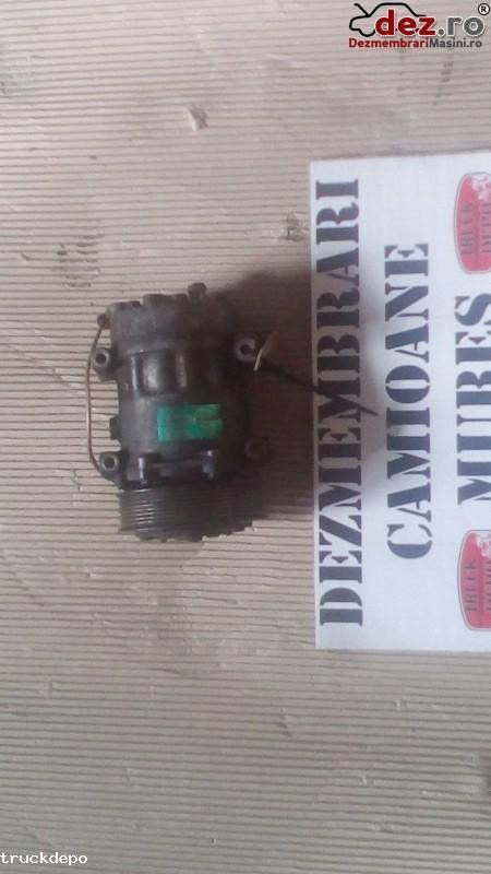 Compresor clima Volvo FH 12 Dezmembrări camioane în Cristesti, Mures Dezmembrari