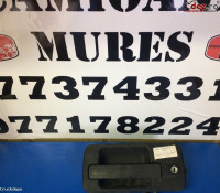 Maner Exterior Stanga Mercedes Actros Dezmembrări camioane în Cristesti, Mures Dezmembrari