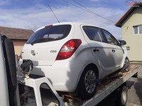 Dezmembrez Hyundai I 20 1 2 I 78cp An 2012 Dezmembrări auto în Santamaria-Orlea, Hunedoara Dezmembrari