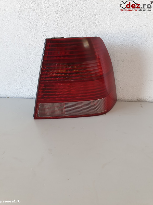 Stop / Lampa spate Volkswagen Bora 2004 Piese auto în Bucuresti, Bucuresti Dezmembrari