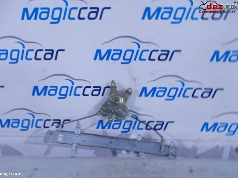 Macara usa Honda Jazz 2005
