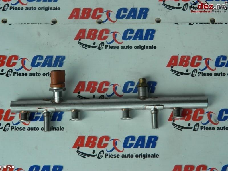 Rampa injectoare Volkswagen Touran 2007 cod 03H133317B
