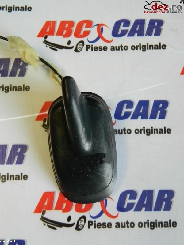 Antena Volkswagen Beetle 2013 cod 3C0035507R Piese auto în Alesd, Bihor Dezmembrari
