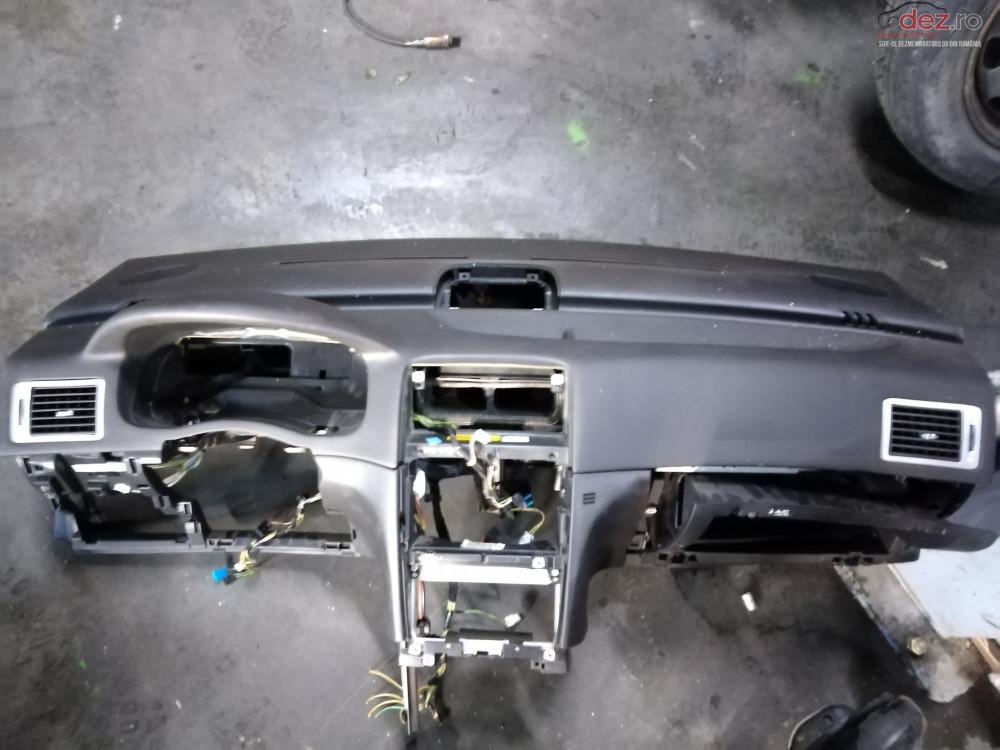Plansa Bord Impecabila Cu Airbag Pasager Peugeot 307 cod oem Piese auto în Suceava, Suceava Dezmembrari