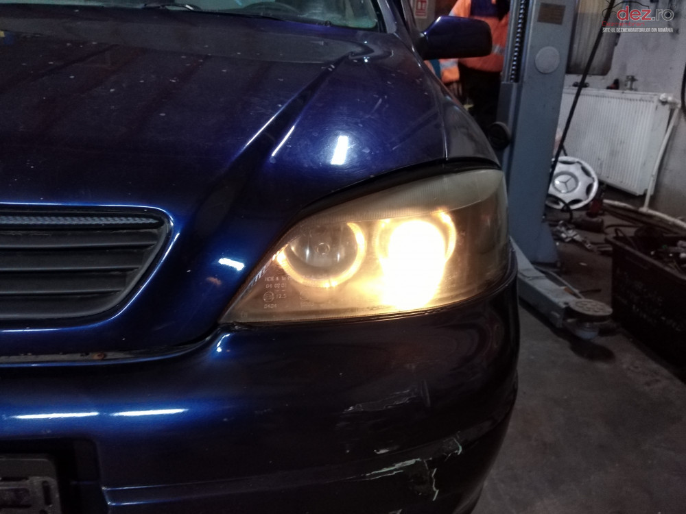 Far / Faruri Set Stanga / Dreapta Cu Lupa Si Angel Eyes Opel Astra G cod oem Piese auto în Suceava, Suceava Dezmembrari