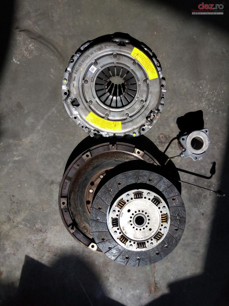 Kit Ambreaj(rulment+disc+placa+volant) 6+1 Alfa Romeo 159/opel 1 9 150 cod oem Piese auto în Suceava, Suceava Dezmembrari