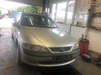 Dezmembrez Opel Vectra B 1 8 Benzina 85 Kw An 1998 Dezmembrări auto în Arad, Arad Dezmembrari