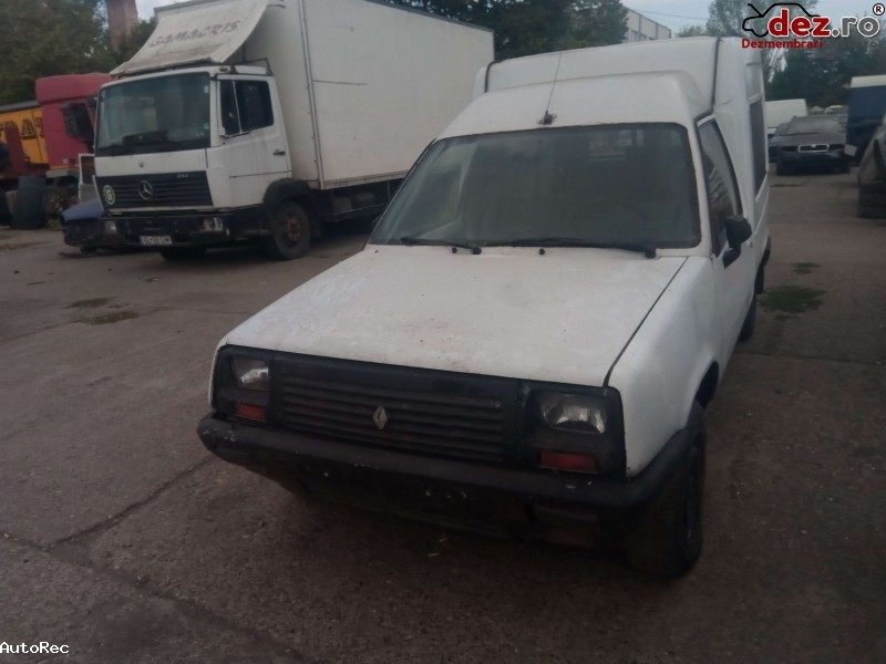Dezmembrez Renault Rapid 1992 Dezmembrări auto în Galati, Galati Dezmembrari
