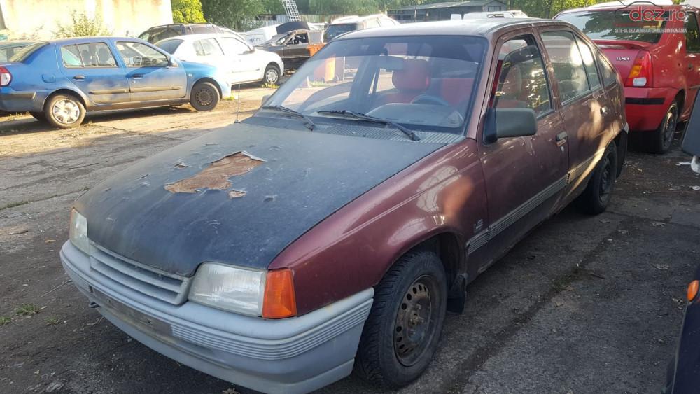 Dezmembrez Opel Kadett 1 6 / Benzina /1990 Motor Opel C16nz Dezmembrări auto în Galati, Galati Dezmembrari
