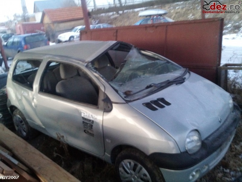Vand Renault Twingo Mașini avariate în Miercurea Ciuc, Harghita Dezmembrari