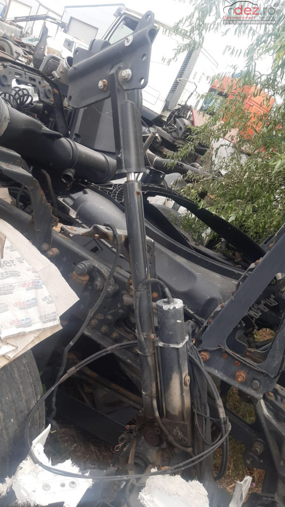 Cilindru Rabatare Cabina Mercedes Euro 6 Dezmembrări camioane în Buzau, Buzau Dezmembrari