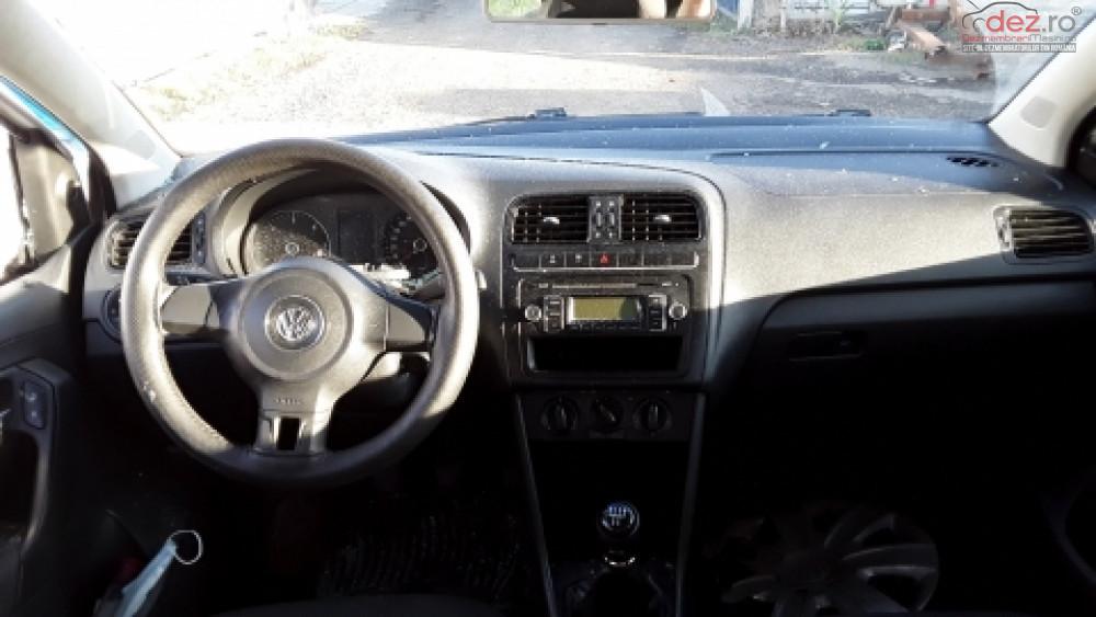 Dezmembrez Volkswagen Polo An 2011