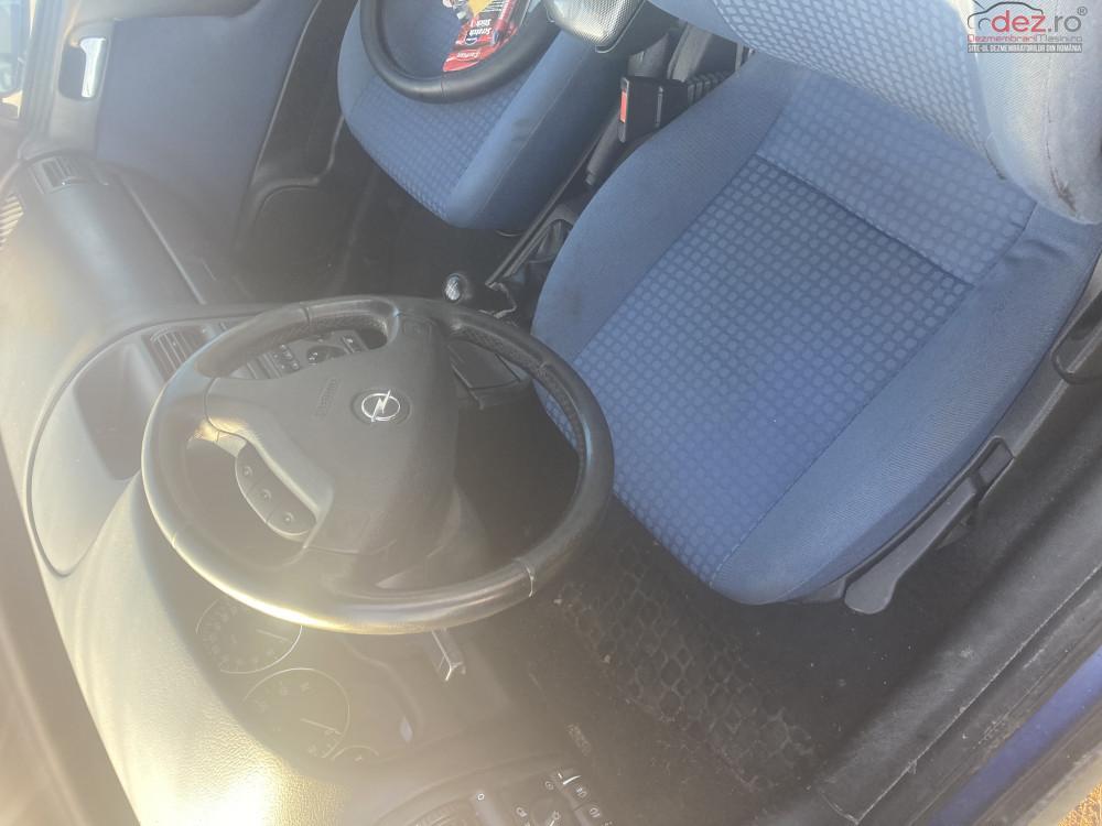 Dezmembrez Astra G 1 6 8 Valve Sedan Dezmembrări auto în Craiova, Dolj Dezmembrari