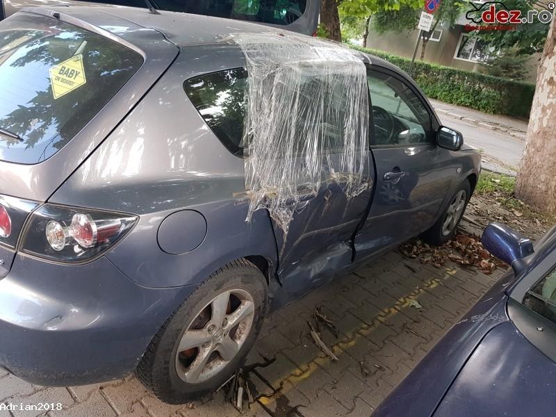 De Vanzare Mazda 3 Avariată  Mașini avariate în Resita, Caras-Severin Dezmembrari