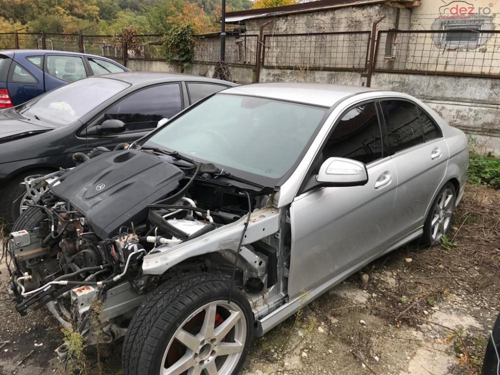 Dezmembrez Mercedes C Class W204 Motorizare 2 2 Cdi Dezmembrări auto în Topoloveni, Arges Dezmembrari