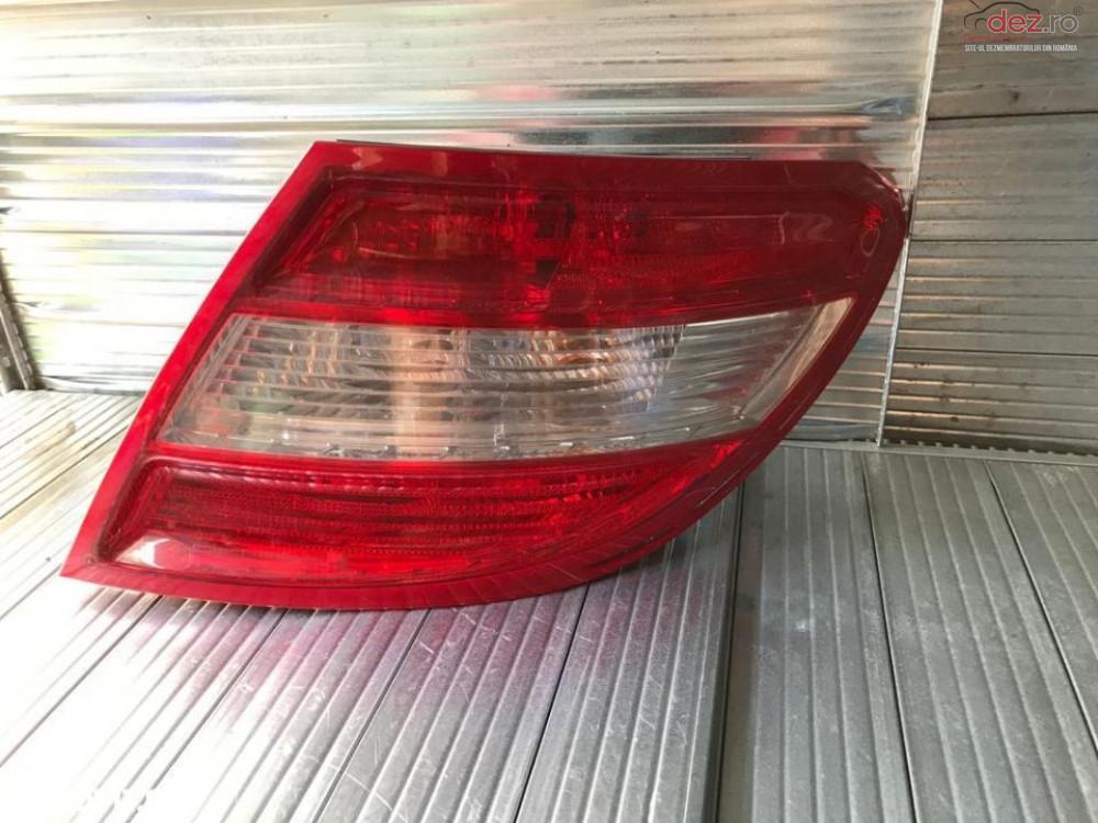 Stop Dreapta Spate Mercedes C Class W204 A2048200264 Piese auto în Topoloveni, Arges Dezmembrari