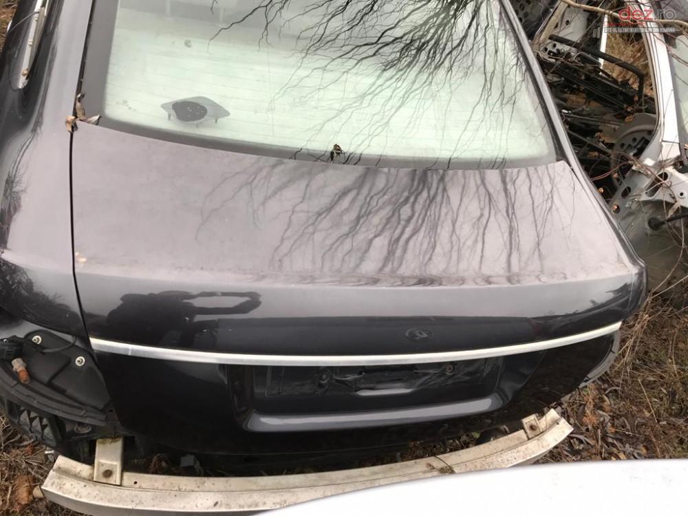 Capota Spate Portbagaj Audi A6 C6 Piese auto în Topoloveni, Arges Dezmembrari