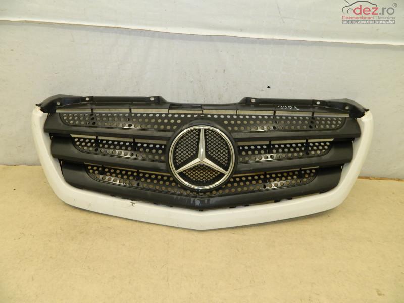 Grila Radiator Mercedes Sprinter 13 17 A9068880523 în Bucuresti, Bucuresti Dezmembrari