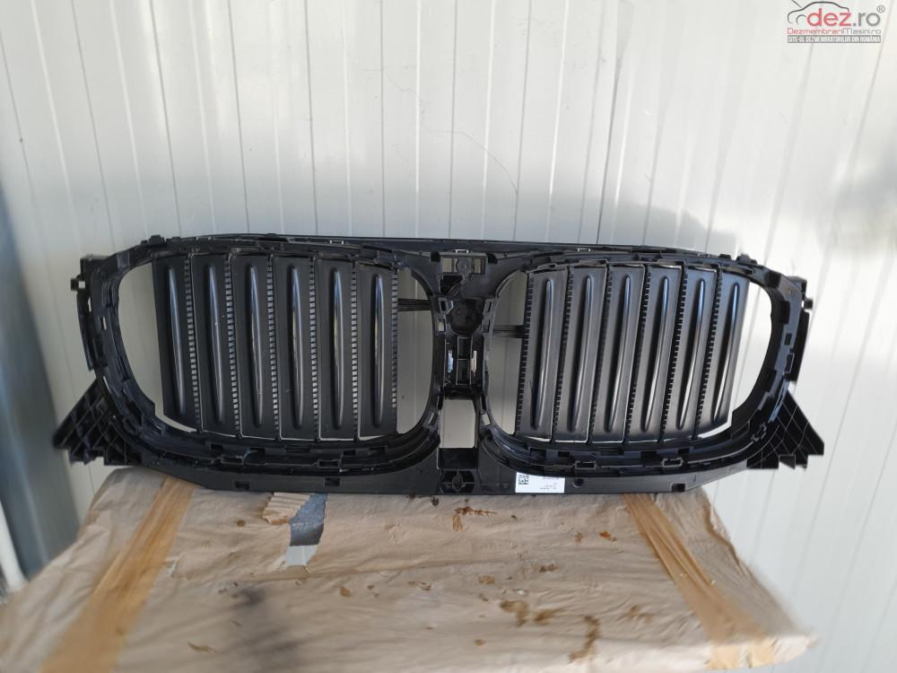 Grila radiator BMW X3 seria 4 2017 Piese auto în Brasov, Brasov Dezmembrari